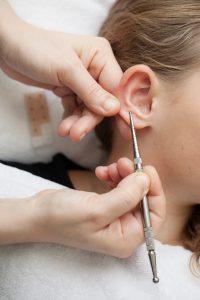 Manuelle Therapien Ohrenergetik